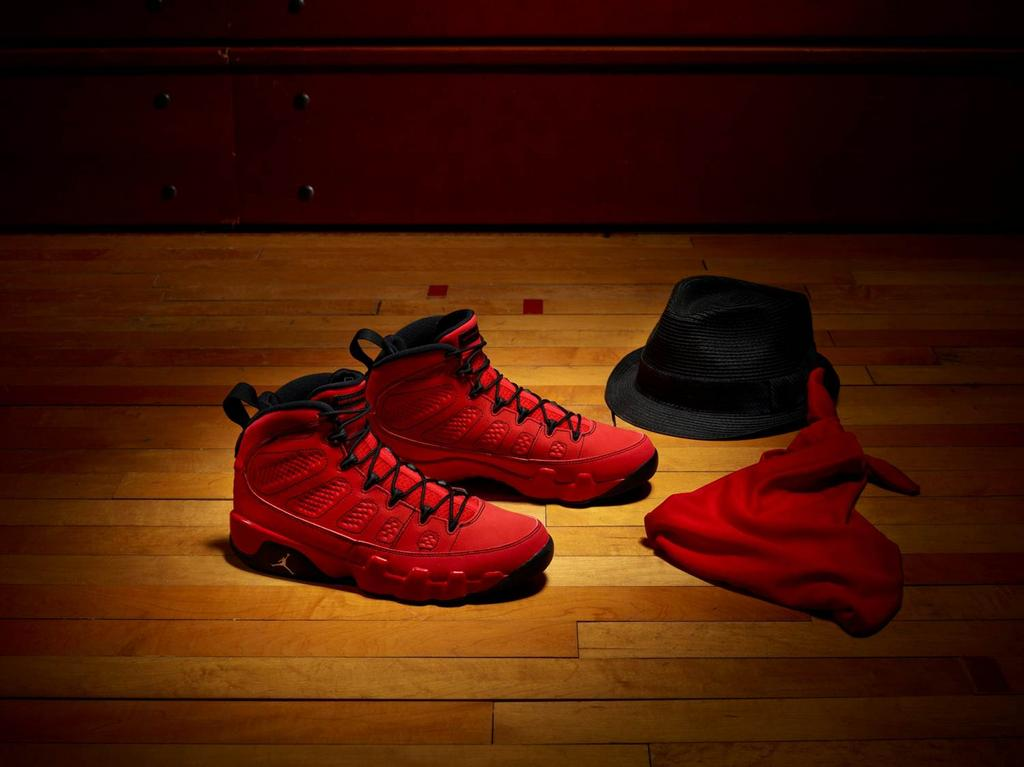 super popular c74c5 0180c Air Jordan 9 Retro
