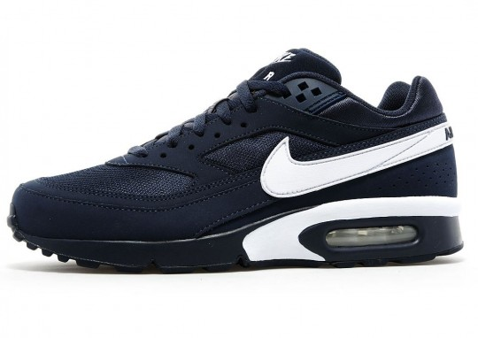 on sale cf18e 31de7 france nike air classic bw silver red black 2 6e1c9 f4ecf  wholesale this jd  sports exclusive big window gets an obsidian nubuck and mesh upper with  white