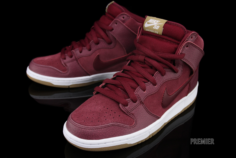 Nike SB Dunk High Pro - Team Red