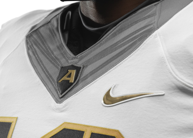 114th Army Nike Uniform Flywire collar
