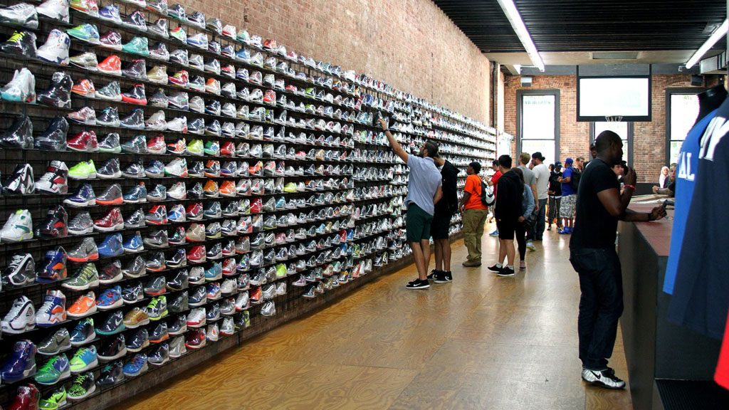 Athletic Shoe Stores Downtown Chicago