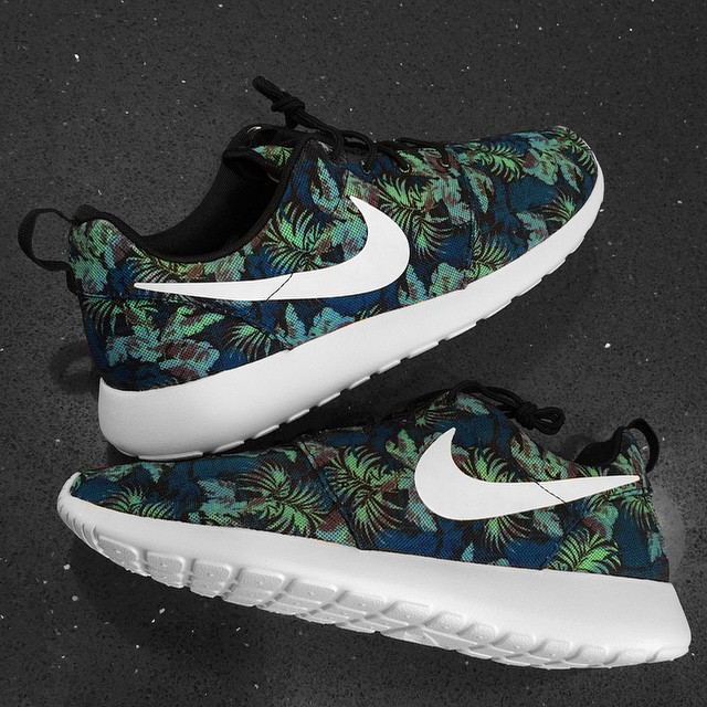 DJ Skee Picks Up Nike Roshe Run Space Blue