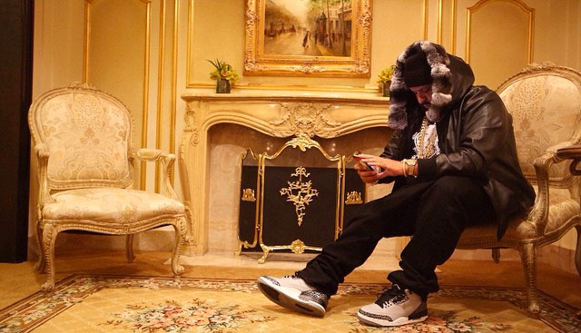 DJ Khaled wearing Air Jordan III 3 Wolf Grey