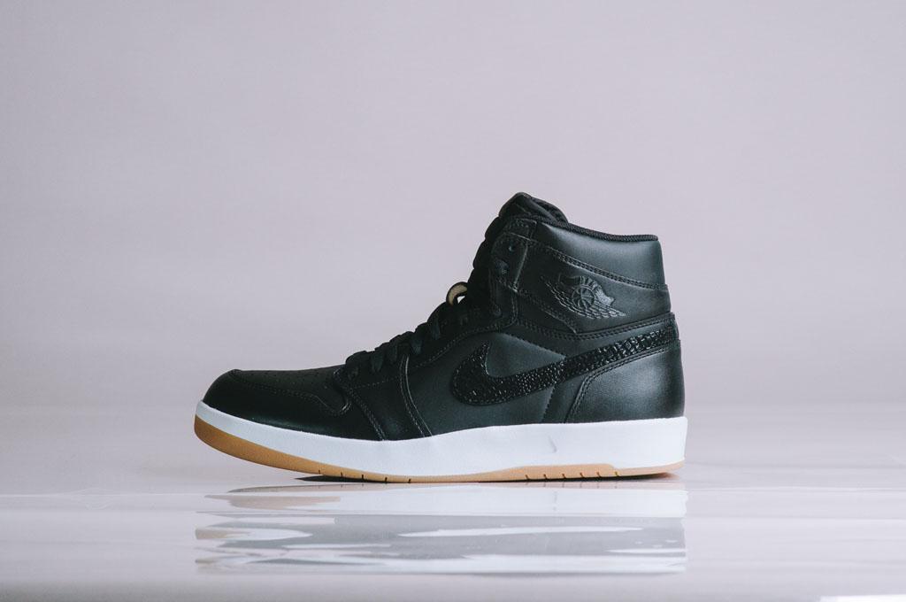 reputable site 0d8cb 8fa4a Air Jordan 1.5 Black Gum 768861-008 (1)