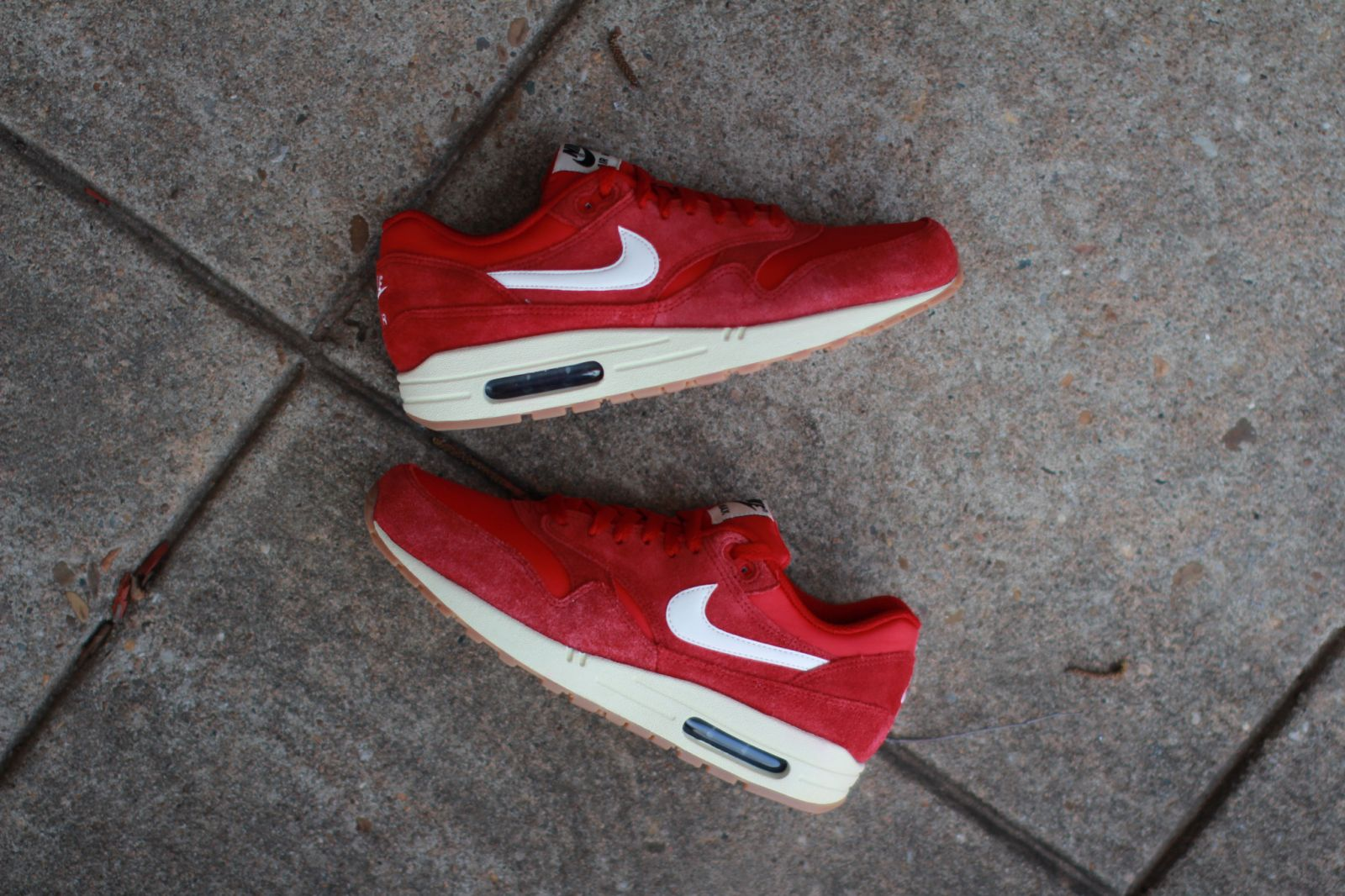uk availability 695c6 1c3d8 Nike Air Max 1 Essential Suede  Gym Red    Solecollector