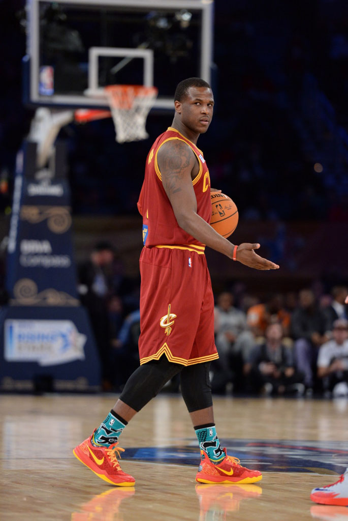 Dion Waiters wearing Nike Zoom Crusader PE