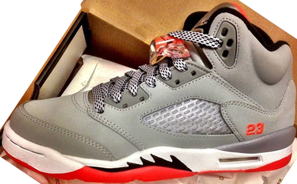 Air Jordan 5 Retro Girls Wolf Grey/Black-Hot Lava-White
