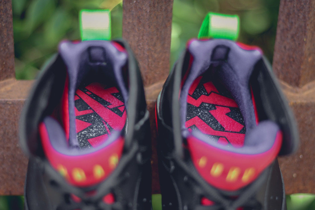 Air Jordan 7 Marvin the Martian 304775-029 (7)
