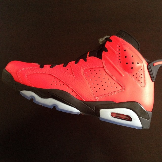 Fat Joe Picks Up Air Jordan 6 Infrared 23
