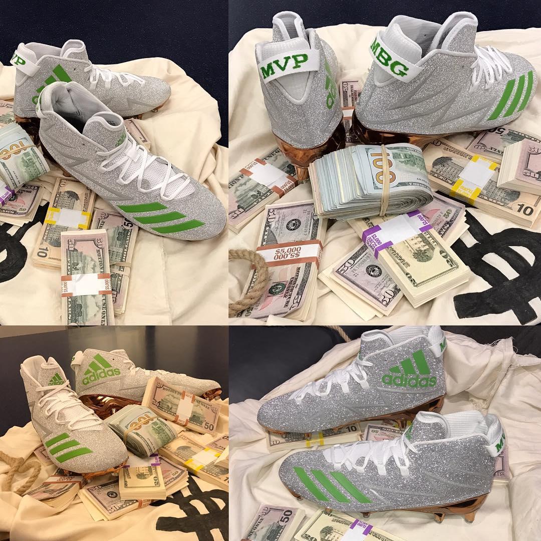 ae9872a64d9f Von Miller Diamond Ring Money Bag Gang Cleats