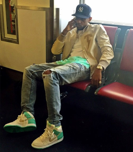 Fabolous wearing the 'Ice Green' Nike Dunk High