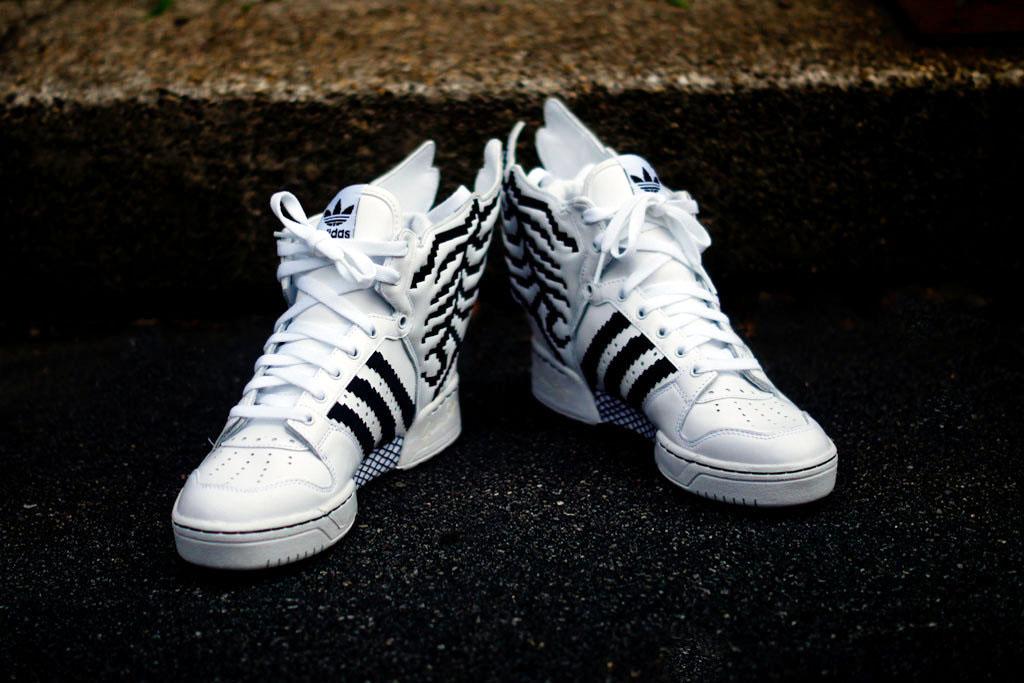 Adidas Jeremy Scott Wings 2.0 Pixel