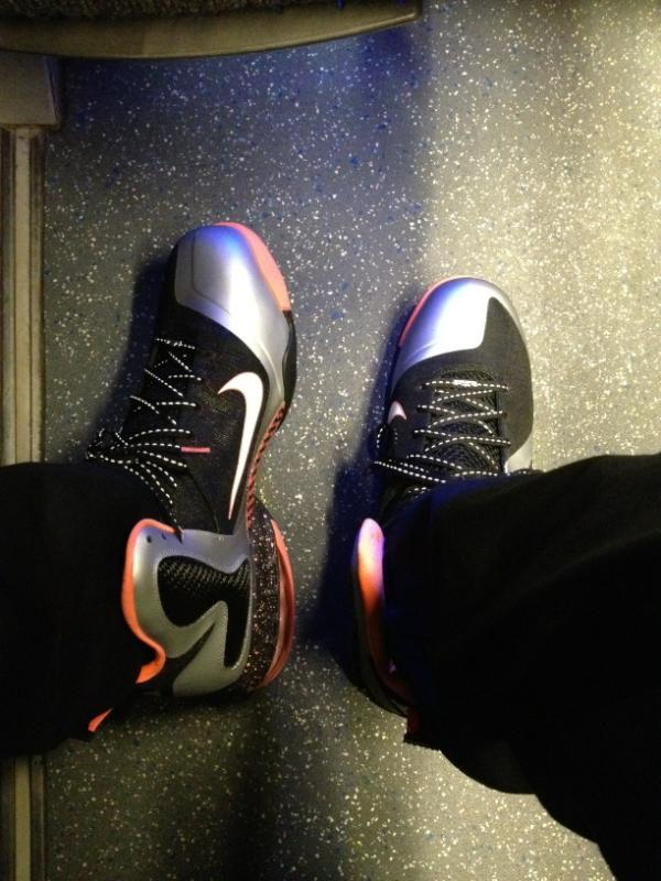 differently 88453 62f47 LeBron James Previews