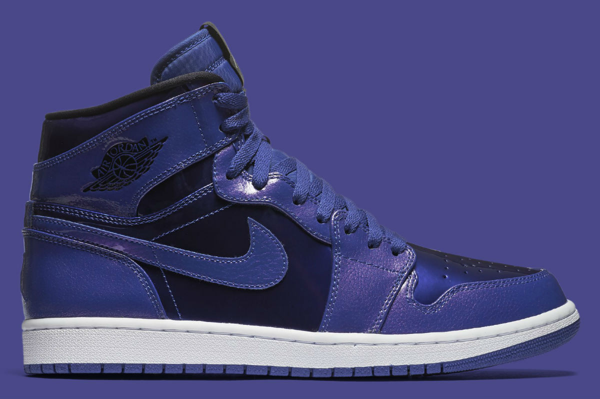 purchase cheap 3a11e 351f9 Air Jordan 1 Deep Royal Patent Side 332550-420