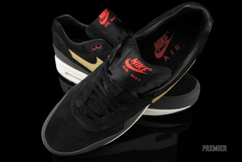 new style 4a1ab 15ec8 This Air Max 1 Premium is trickling into Nike Sportswear retailers now,  including Premier.