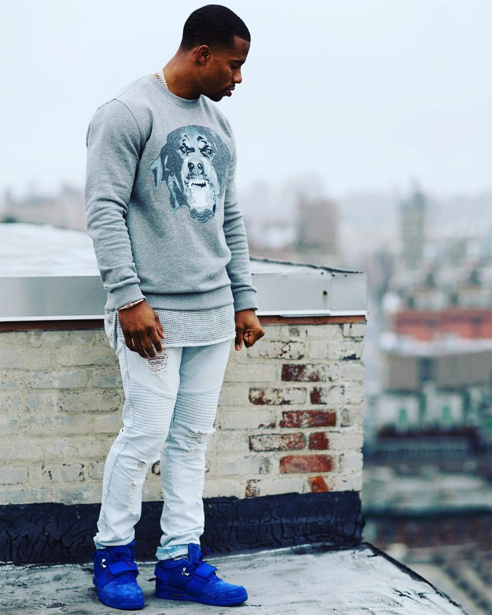 the latest ffdc9 e12f7 Victor Cruz wearing the  Big Blue  Nike Air Trainer Cruz