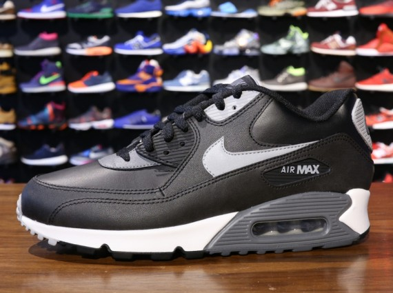 air max 90 essential black grey