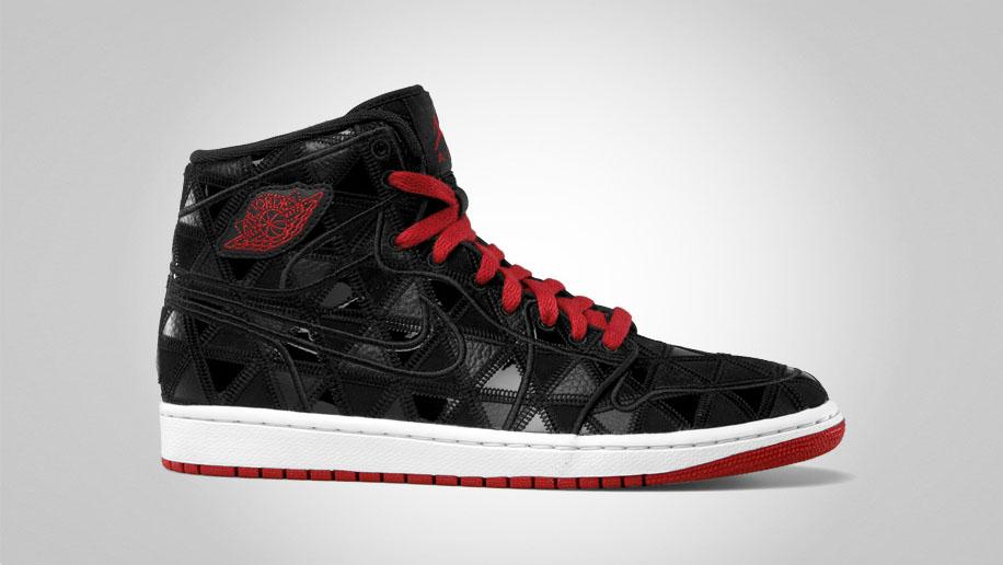 air jordan retro 1 black and red
