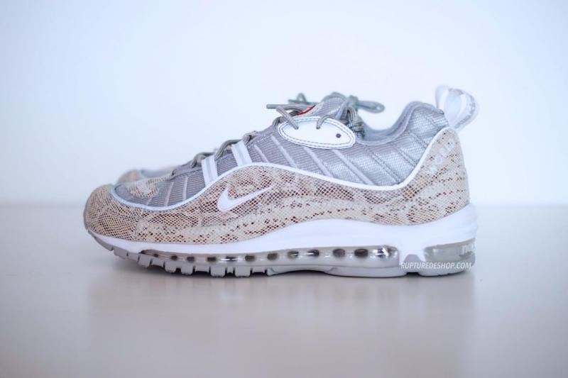 Supreme x Nike Air Max 98 White (2)