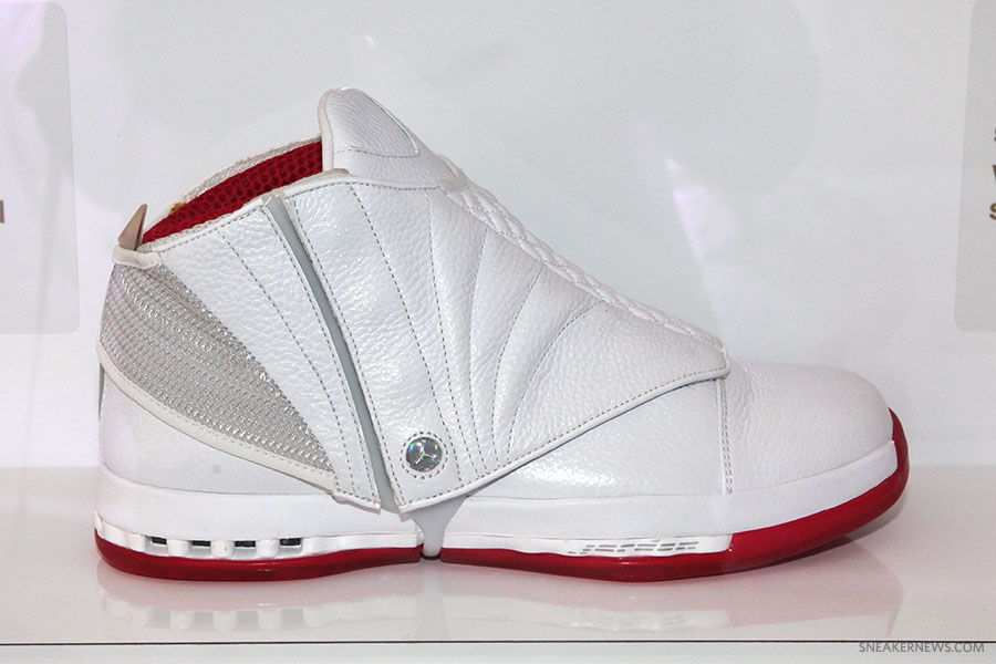 the latest 657bc 15901 ... Air Jordan XVI 16 History of Flight ...