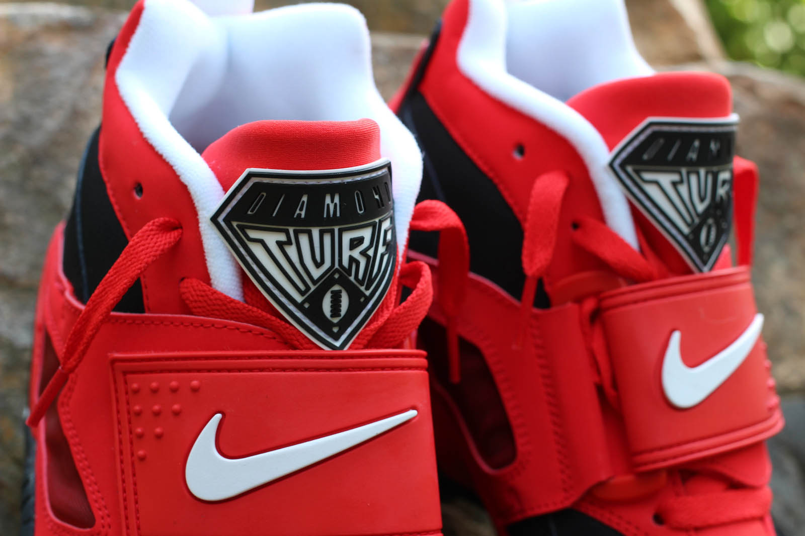 detailed look 5179d e5aa0 Nike Air Diamond Turf - Challenge Red | Sole Collector