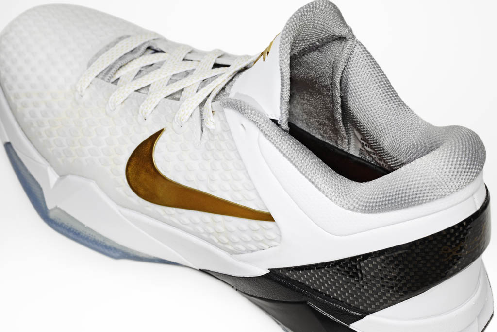 Nike Zoom Kobe VII Elite Home White Black Metallic Gold 511371-100 (4)