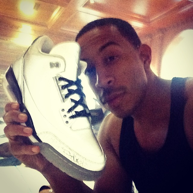 Ludacris Picks Up Air Jordan 5Lab3