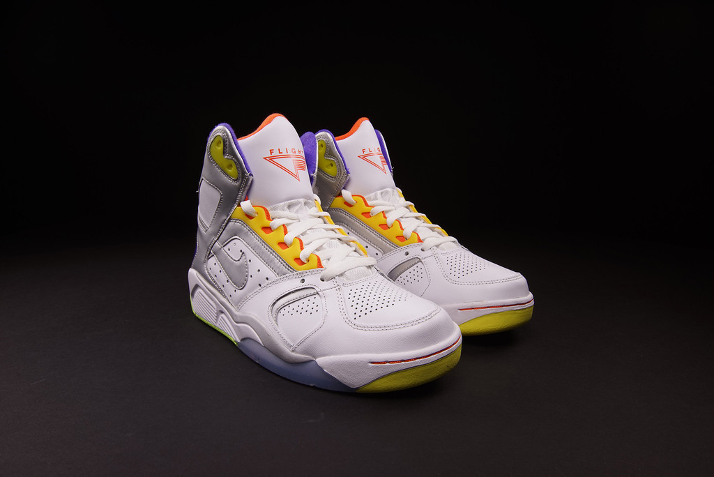 sale retailer a5979 05096 Nike Air Flight Lite High White Men Cant Jump 2014 Arriving at Retailers