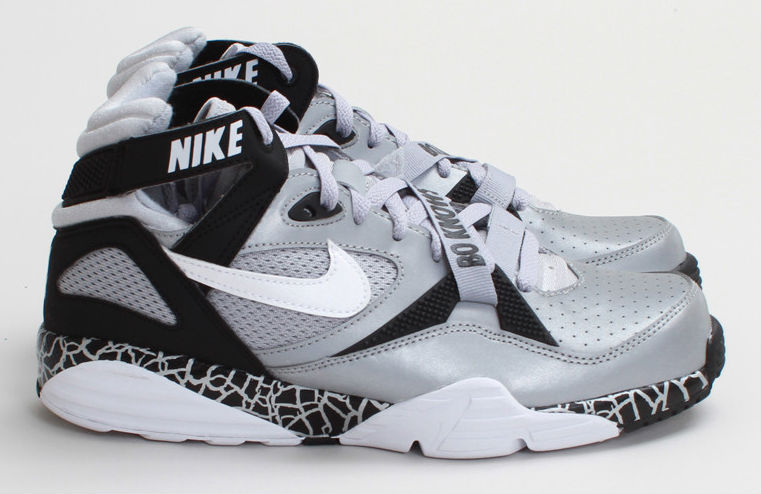 Nike Air Trainer '91 QS NFL Raiders / Bo Knows (5)