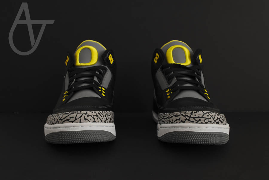 Air Jordan Retro 3 - Oregon Ducks Pit Crew Away (3)