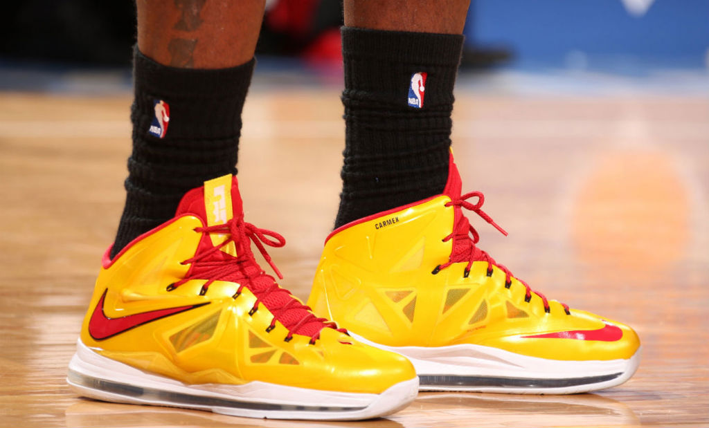 LeBron James wearing Nike LeBron X Carmex (9)