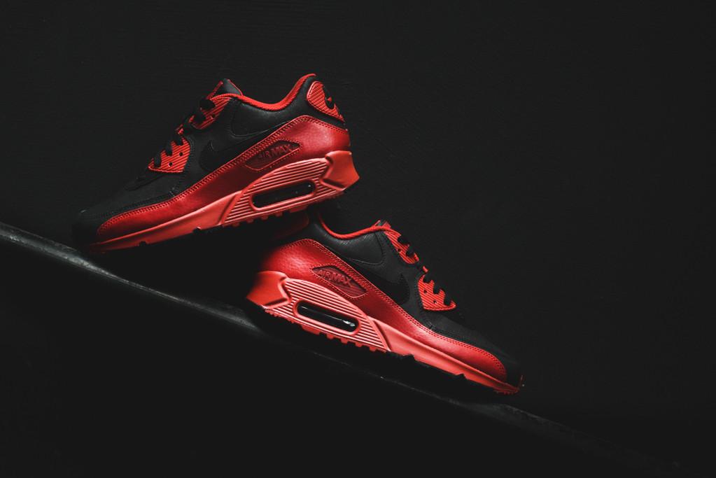 sports shoes 79e98 95b01 Nike Air Max 90 Winter Gym RedBlack (1)