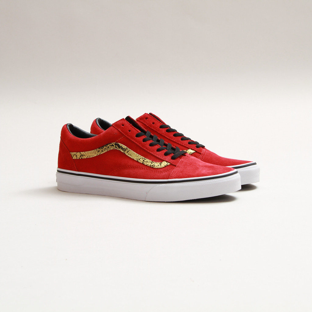 d21b7ebd5a Vans Old Skool and Chukka -  Red Snake  Pack