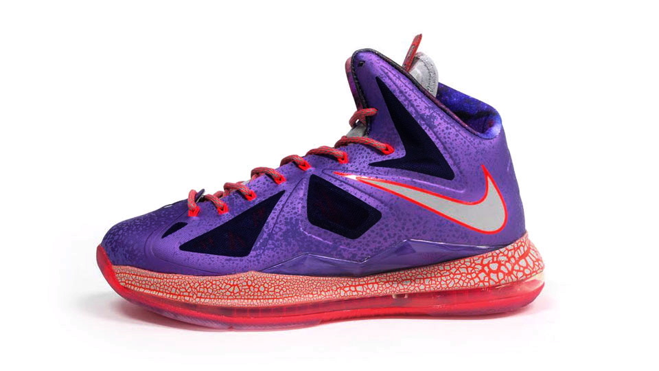 "Nike LeBron X ""Area 72"" - New Images 