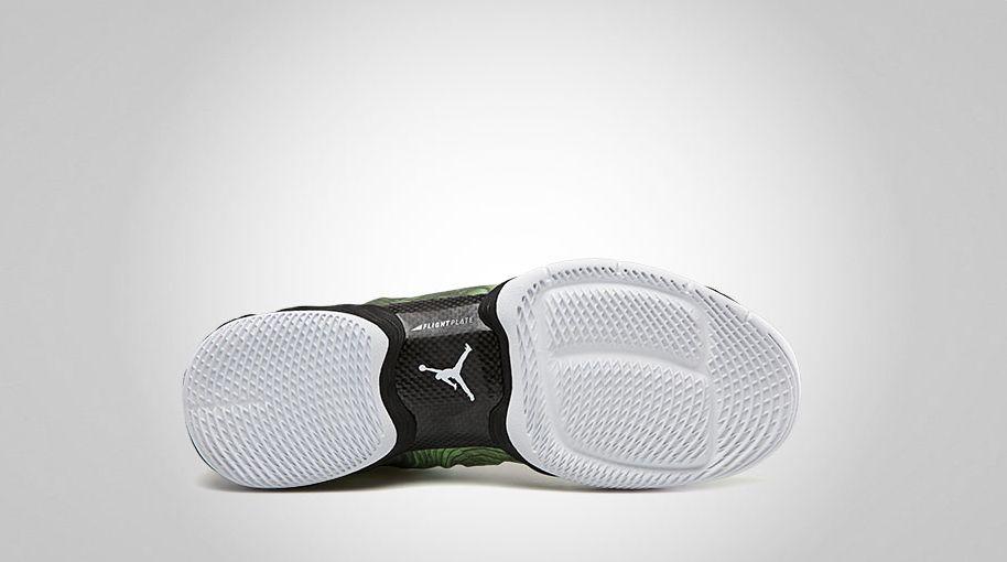 f4d89f87509e Air Jordan XX8 Green Camo Electric Green White 555109-301 (3)
