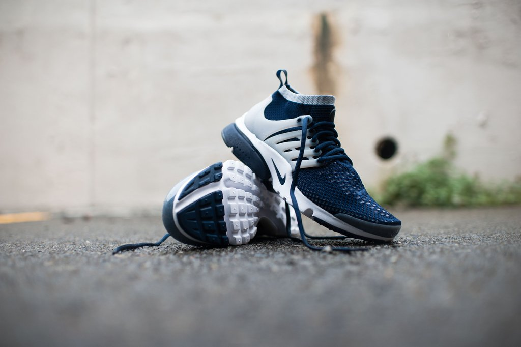f7a6d45c3b2a Nike Air Presto Flyknit Ultra Navy and Volt