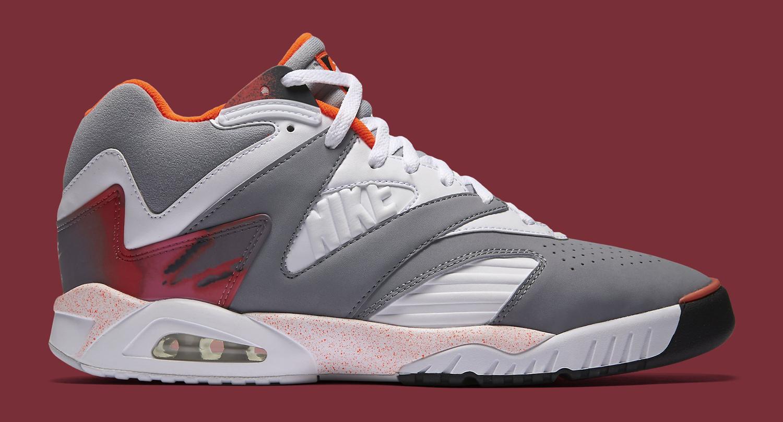 Nike Air Tech Challenge 4 Grey White Crimson Profile