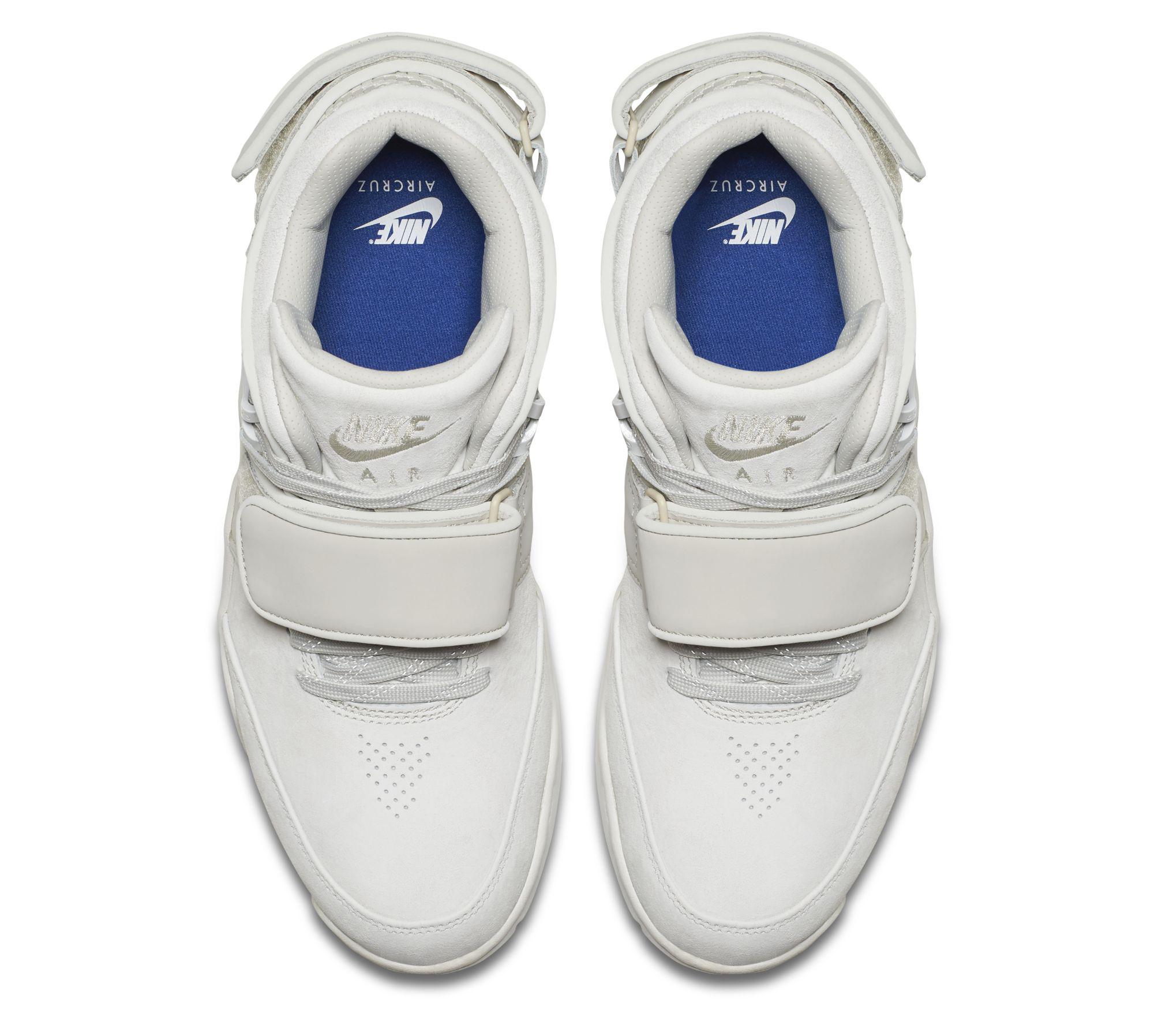 new concept 7061c 12f8f Nike Air Trainer Cruz Cream Blue Top