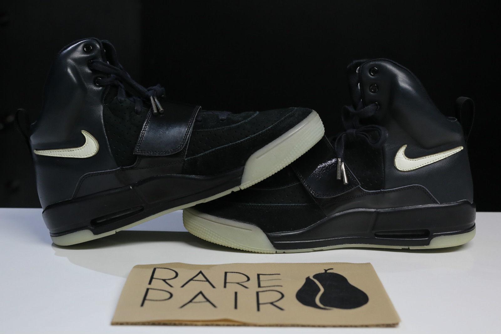006aec76acdfc Nike Air Yeezy Kanye West Black White Sample Pair Medial