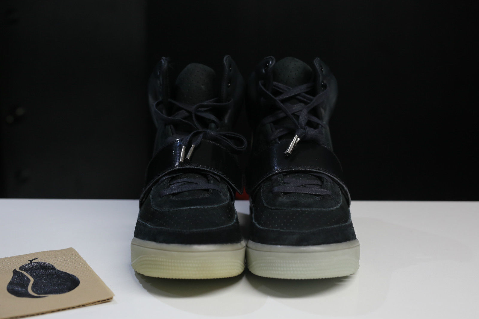 bf97d8671ebdf Nike Air Yeezy Kanye West Black White Sample Pair Toe