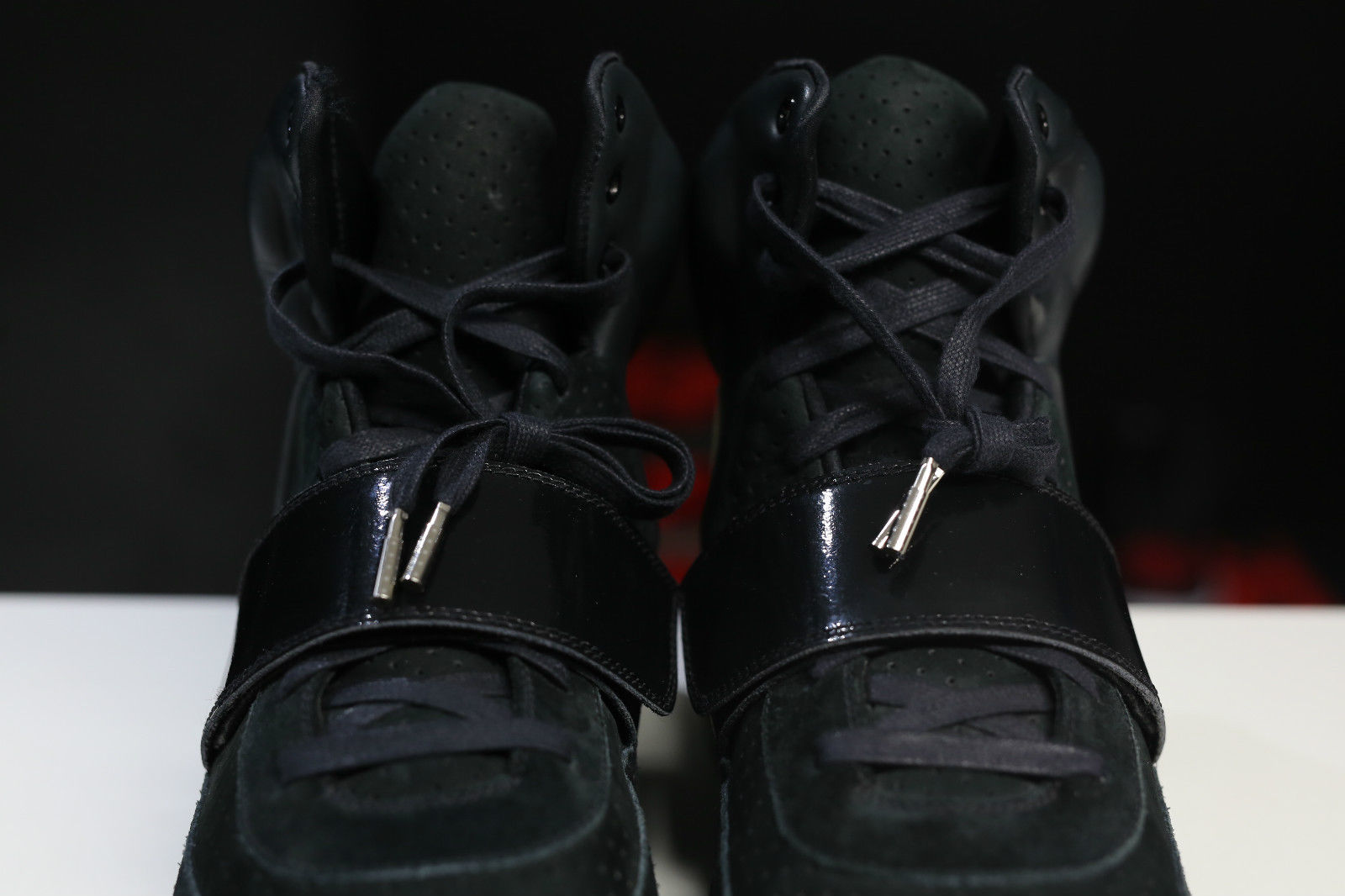 c38af217767c7 Nike Air Yeezy Kanye West Black White Sample Pair Strap