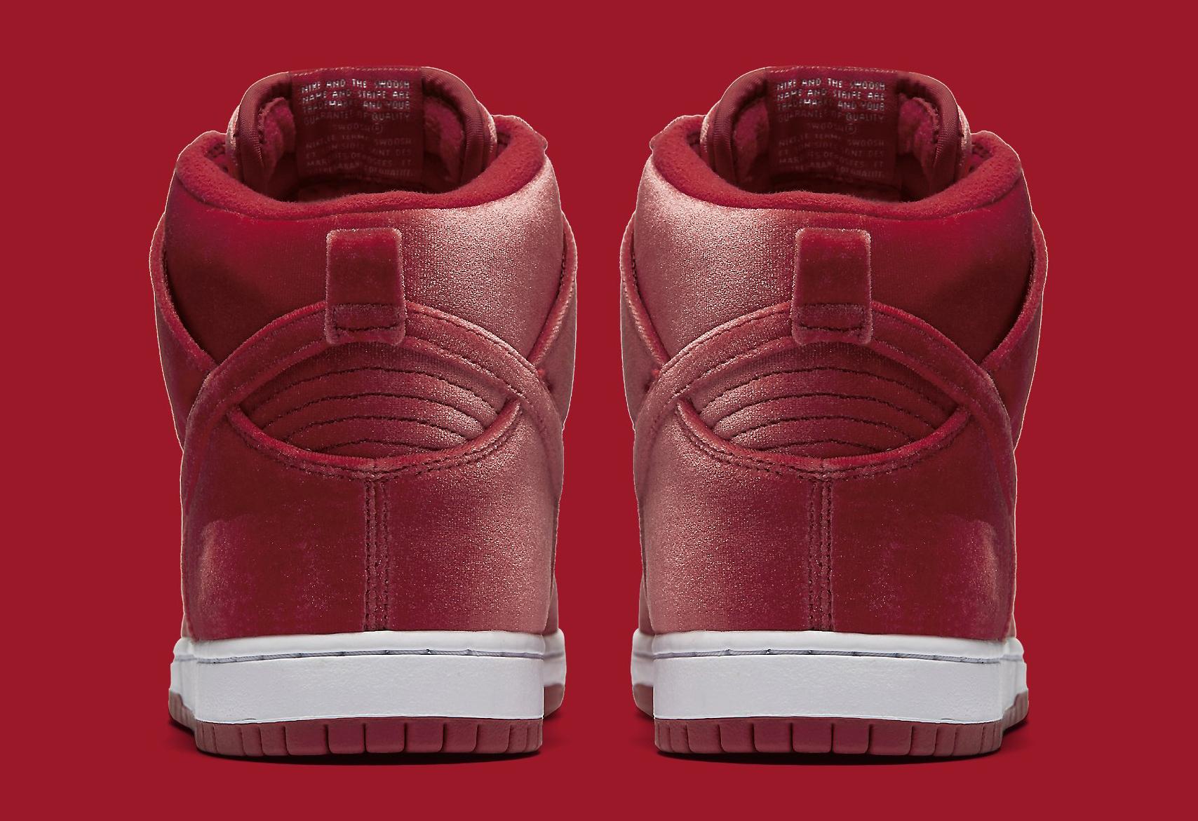 Nike SB Dunk Red Velvet 313171-661 Heel