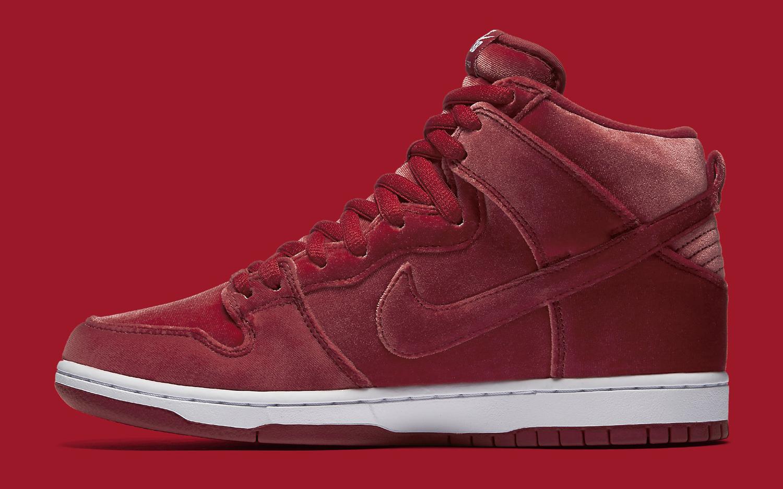 best loved c7d5e 707ff Nike SB Dunk Red Velvet 313171-661 Medial