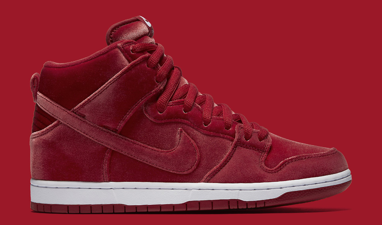 Nike SB Dunk Red Velvet 313171-661 Profile