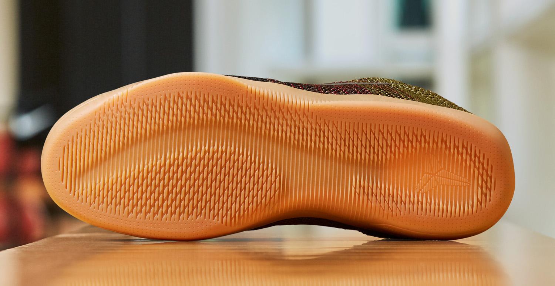 87b2630c83b0 Nike Kobe 11 Black Horse Release Date