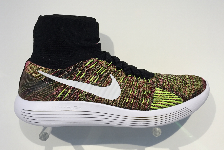 nike shox tourmente enfants - Nike Flyknit | Sole Collector