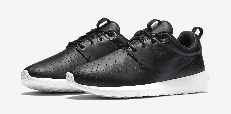 Nike Femmes Roshe Flyknit Dessins En Noir Et Blanc