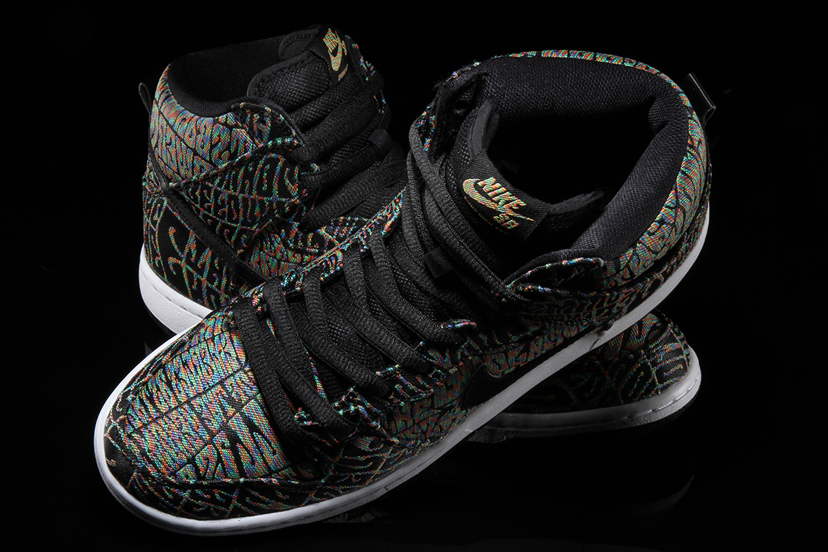 detailed look 797b7 ea726 Nike SB Dunk High Psychedelic Concert Poster Top