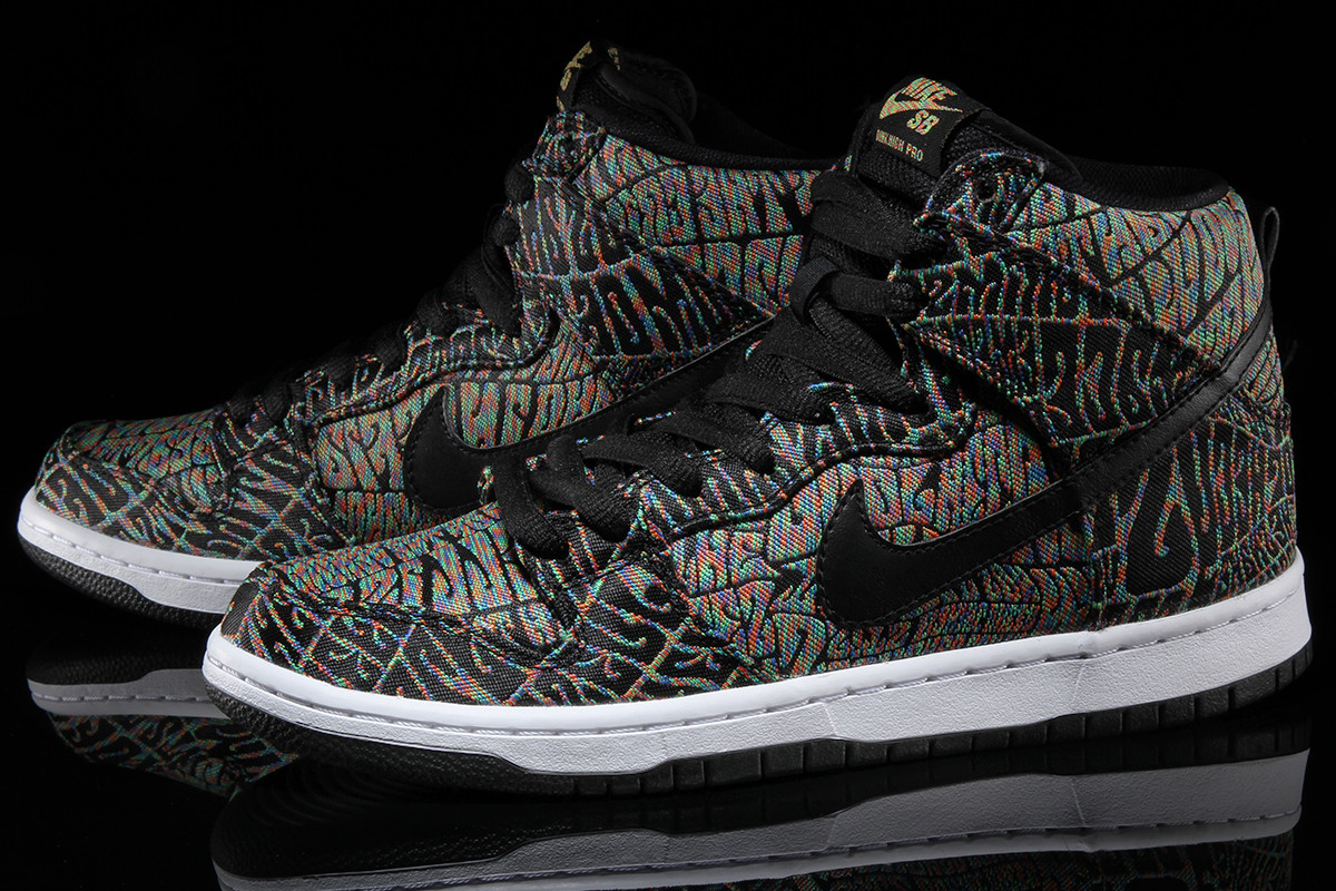 premium selection c3033 19e0f Nike SB Dunk High Psychedelic Concert Poster Pair
