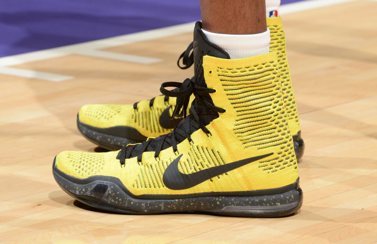 550bdc3e5331 SoleWatch  Kobe Bryant Had Two Pairs of Nikes for Opening Night ...